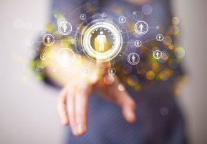 Gracias a los Datos Enlazados, VSNEXPLORER complementará la información de los medios de comunicación.